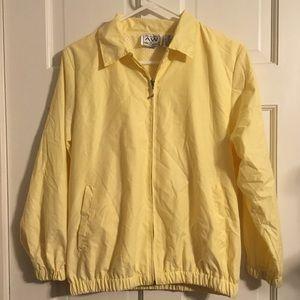 AW Golf Yellow Jacket